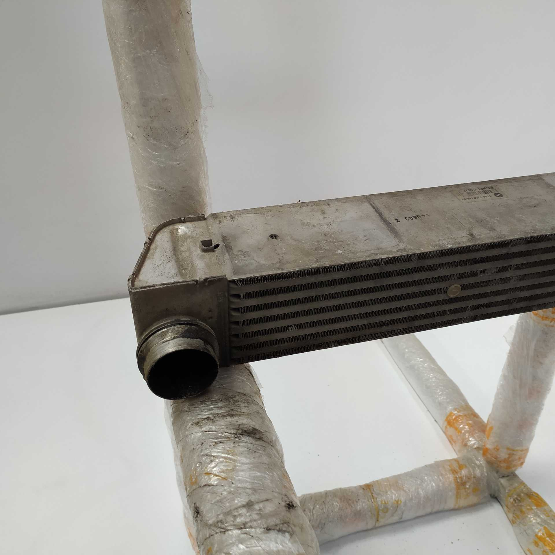 INTERCOOLER BMW 5 520 d (110 KW / 150 CV) (09.2005 - 02.2007)