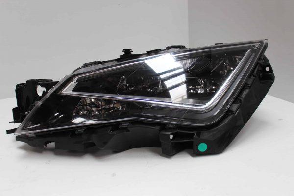 Faro delantero izquierdo SEAT Leon III Hatchback (5F, 5F1) (09.2012 - ...) 1