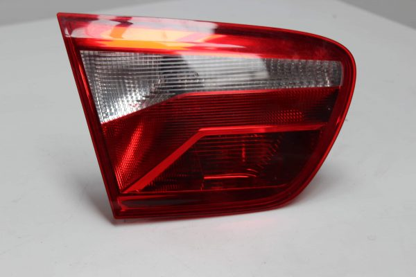 Piloto trasero izquierdo SEAT Ibiza IV ST (6J, 6P) (03.2010 - ...) 1