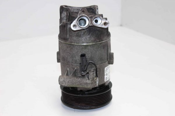 Compresor de aire acondicionado NISSAN Juke (F15) (06.2010 - ...) 2