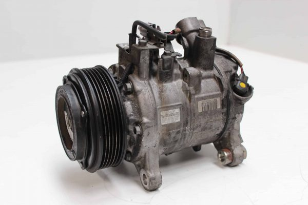 Compresor de aire acondicionado BMW 5 Touring (F11) (11.2009 - ...) 1