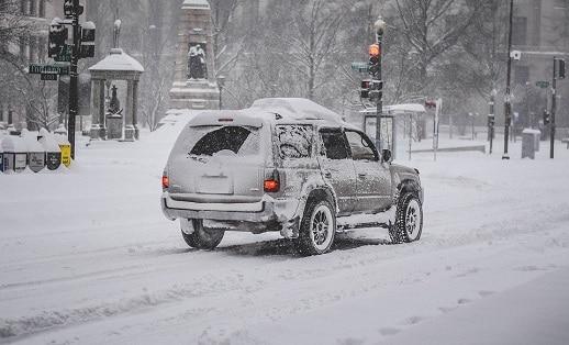 Cómo conducir con nieve 1
