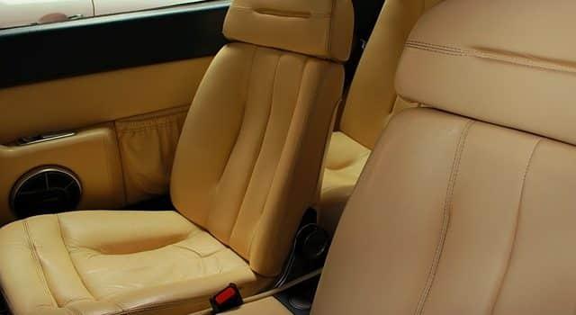 La tapicería del coche 1