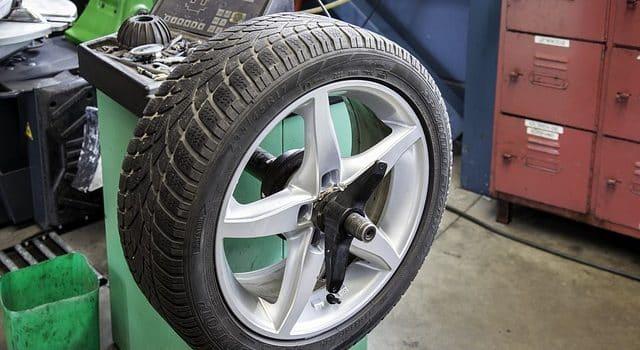 Los neumáticos del coche 1