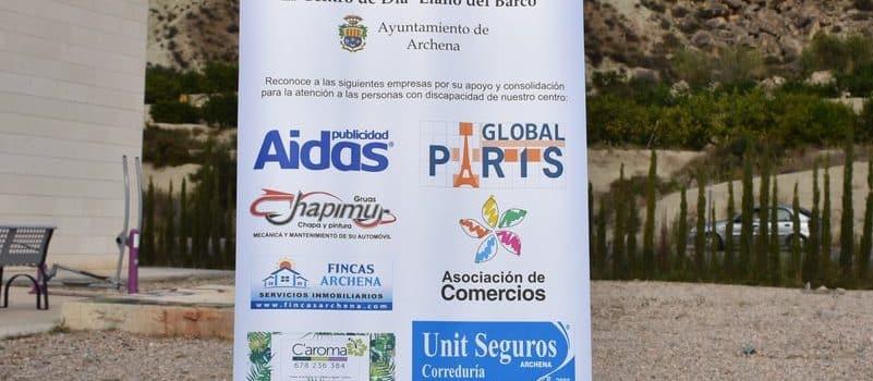 Global París colabora en la adquisición de un vehículo para el Centro de Día 1