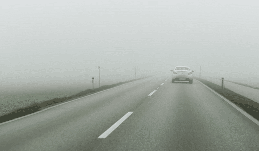 Conducir con seguridad con niebla para no sufrir accidentes 1