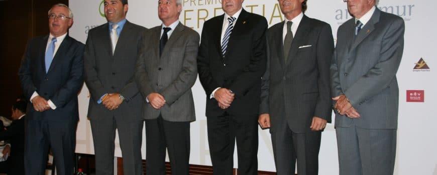 DESGUACE Y GRUAS PARIS PREMIO HERENCIA 2010 1