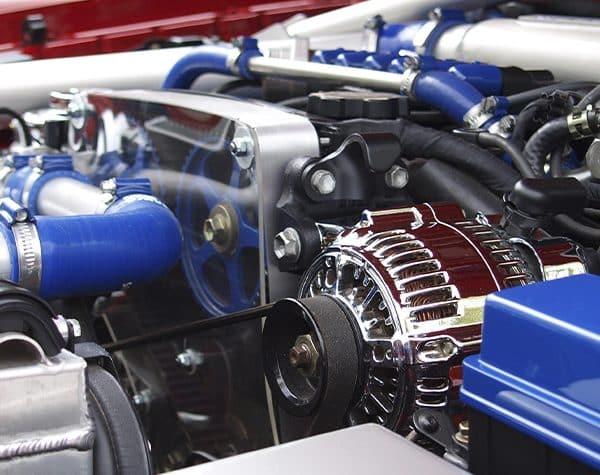 ¿Cómo limpiar el motor de un coche? 2