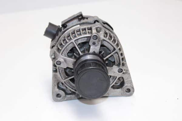 Alternador FORD Focus Mk3 Familiar (DYB) (07.2010 - ...) 1