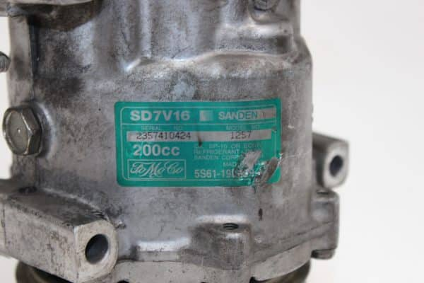 Compresor A/A FORD Fiesta Mk5 Hatchback (JH1, JD1, JH3, JD3) (11.2001 - 03.2010) 3