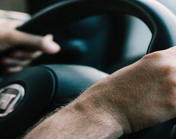 Averías en la Dirección: ¿Mover el volante requiere más fuerza de lo normal? 3